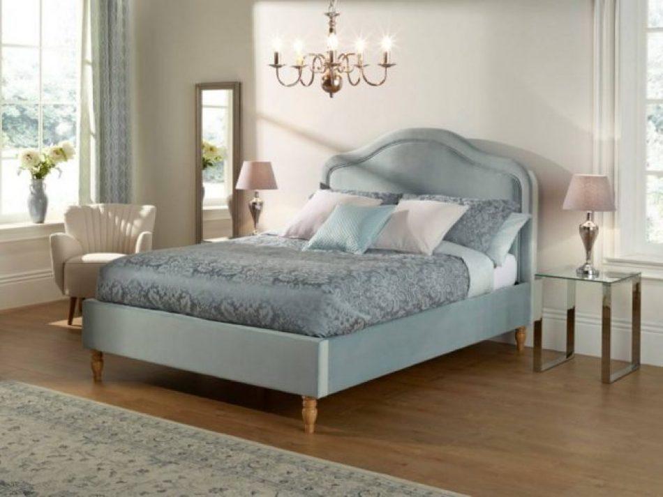 Upholstered Velvet Bed