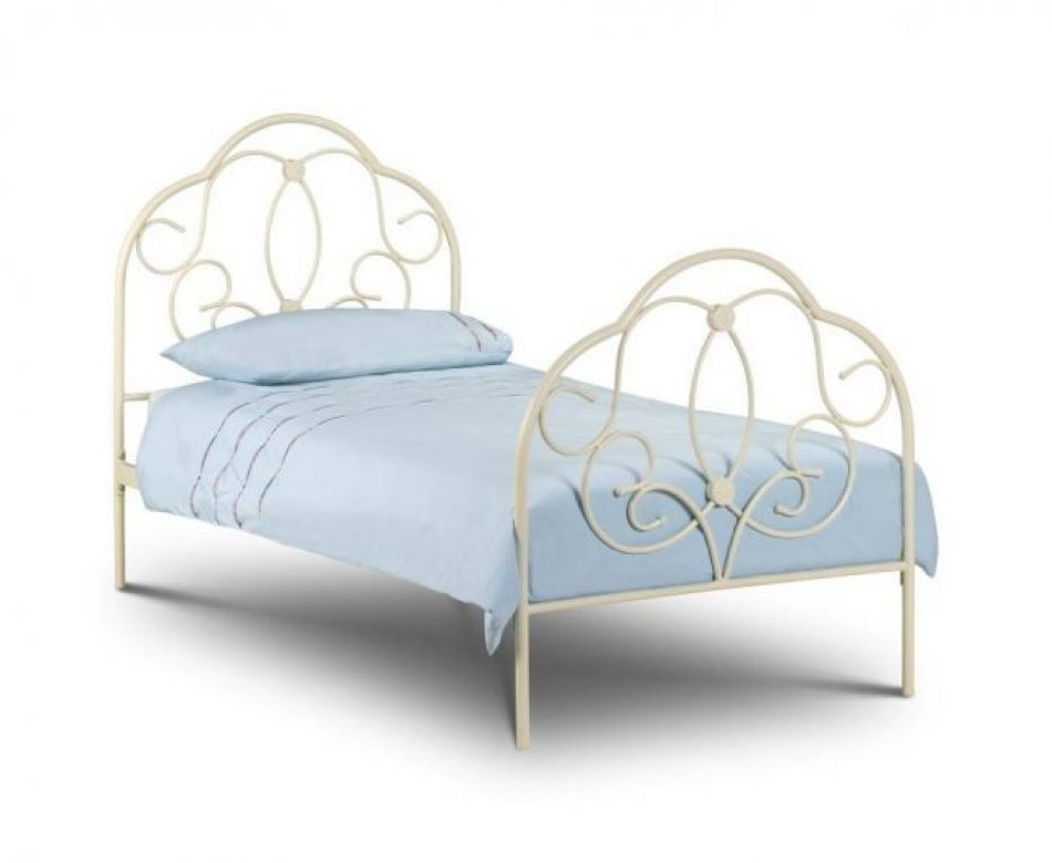 Intricate Metal bed