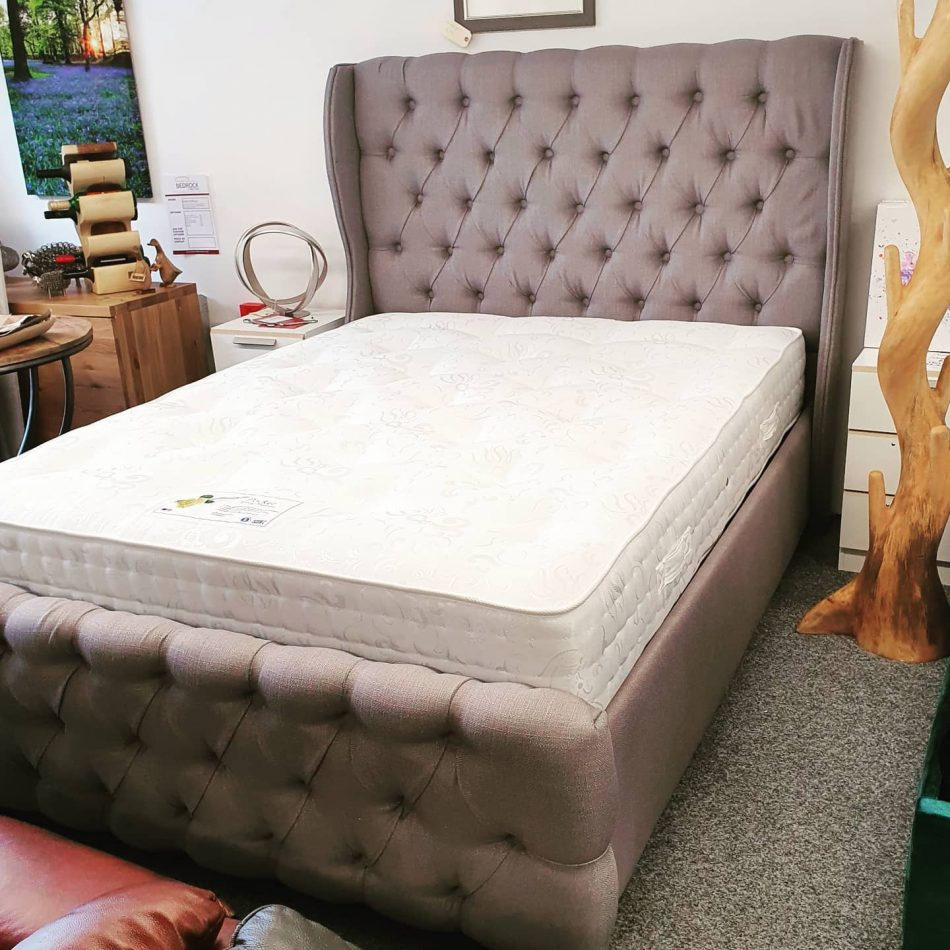 Pic 1 - Grey 5ft Bed