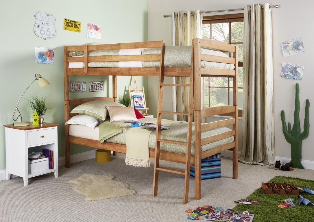 Bed 134 Oak bunk bed