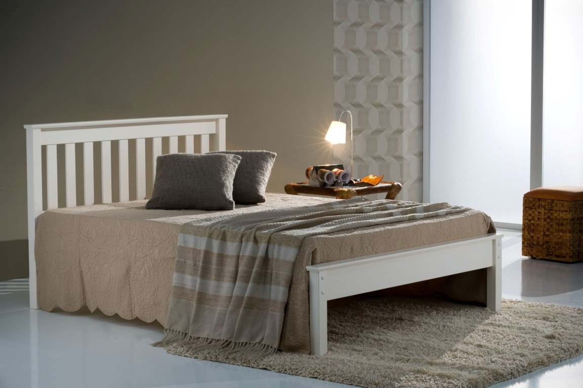 Bed 406 Low foot Pine Ivory frame